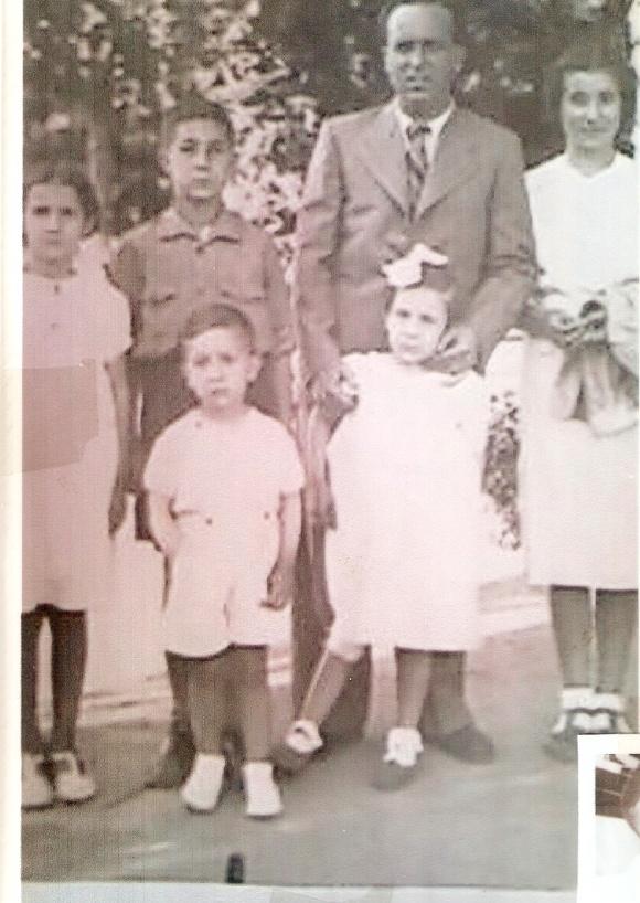De izquierda a derecha, arriba: Maru Sánchez, Paco Sánchez, Luis -padre de Paco- e Isabel; abajo, Paco Rodríguez y su hermana. Año 1938