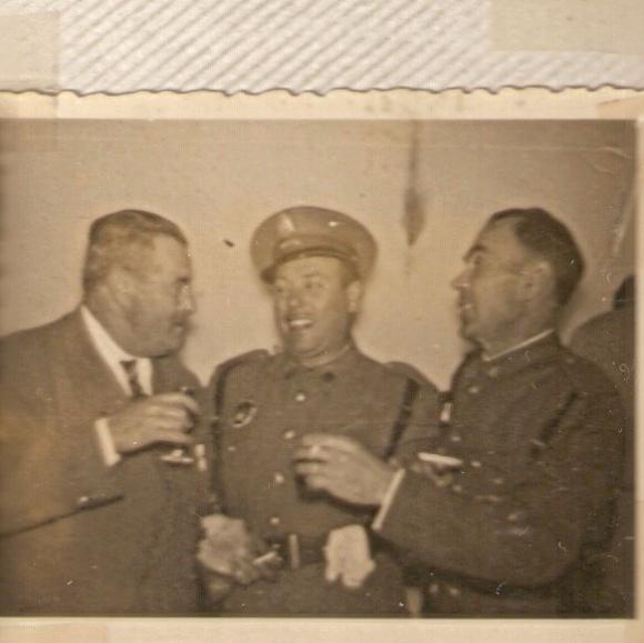 Pedro, conserje de La Unión, mi abuelo Manuel Gallardo y Casimiro, el padre de Maruchi