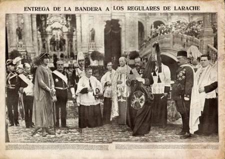 1924 - Entrega de la Bandera Nacional a los Regulares de Larache