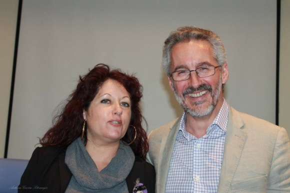 Nurya Ruiz y Sergio Barce, en la presentación de León Cohen - foto de Antonia Guerra