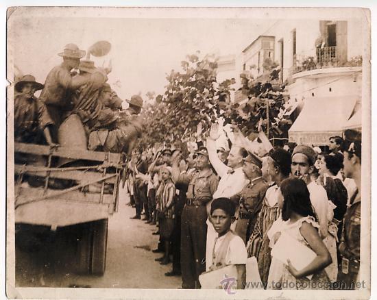 1937 - SALIDA DE LARACHE DE LAS TROPAS QUE MARCHAN AL FRENTE