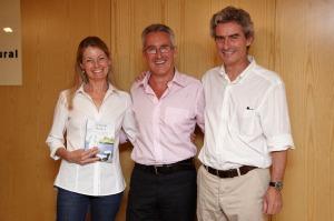 Larache, presente: Julia Sousa, Sergio Barce y Antonio Herráiz
