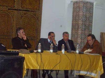 Sergio Barce, Adbellah Djbilou, Mohamed Akalay y León Cohen, en la Casa de la Cultura de Larache