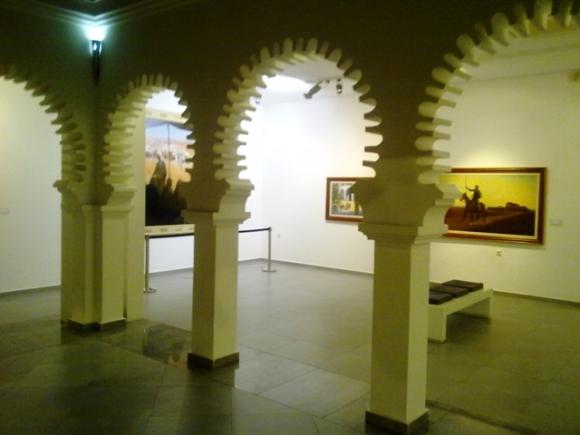 Sala 1 con cuadros de Bertuchi