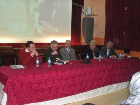 Larache - Colegio Luis Vives, año 2010: Mounir Kasmi, Sergio Barce, Mohamed Sibari, Julia Herrera y Majid Amahroq