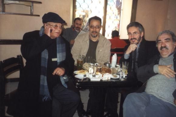 Larache - En el Café Central: Mohamed Sibari, Mohamed Laabi, Sergio Barce y José Luis Gómez