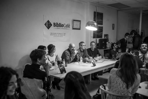 José Luis Rodríguez-Núñez, centro de la Generación BiblioCafé