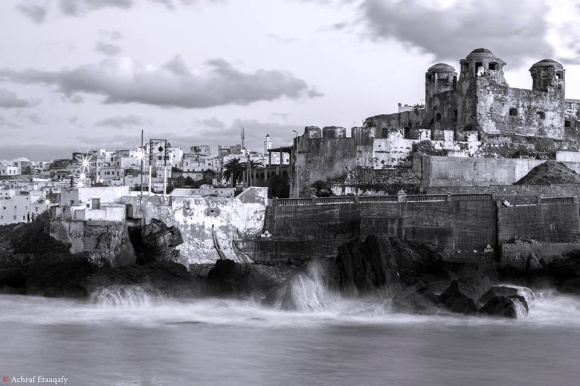 LARACHE - foto de Achraf Etaaqafy