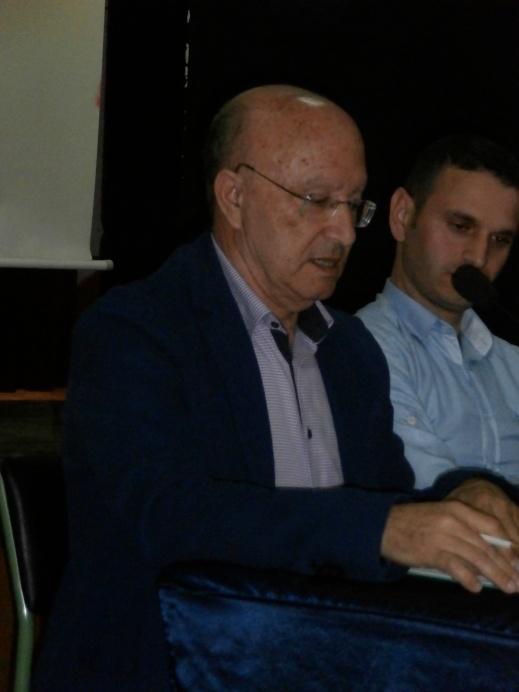 AHMED OUBALI presentando PASEANDO POR EL ZOCO CHICO en Larache