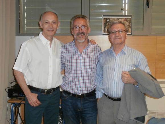 MANUEL GAHETE, SERGIO BARCE y ANTONIO MORENO AYORA, tras la presentación de La emperatriz de Tánger