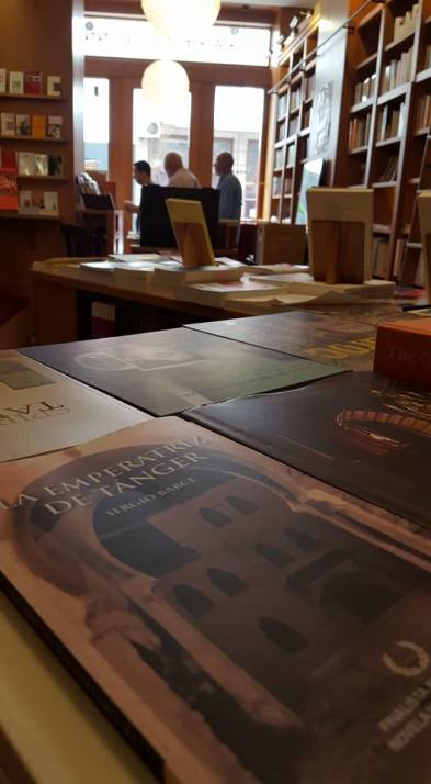 LA EMPERATRIZ DE TÁNGER en la Librairie des Colonnes - foto de Enrique Miguel Parrilla
