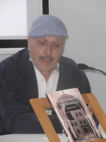 MOHAMED LAHCHIRI PRESENTANDO LA EMPERATRIZ DE TÁNGER