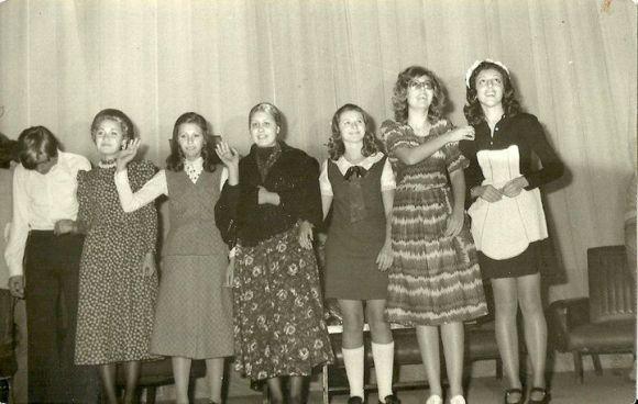 X, Marisa Fdez Carrillo, Maite Van Eyck, Molly, Marile, Estrella Melul y Pilar Tenorio en Cine Avenida