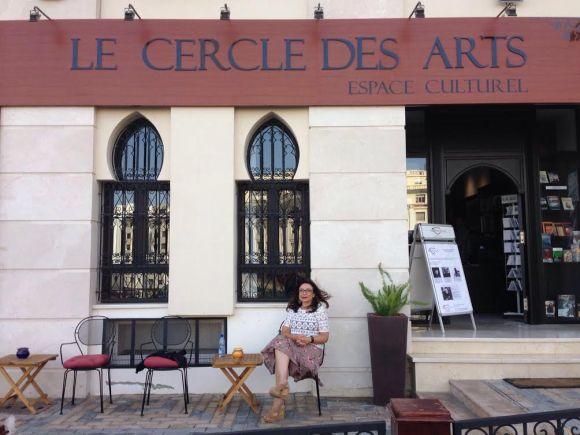 Angelines a las puertas de Le Cercle des Arts
