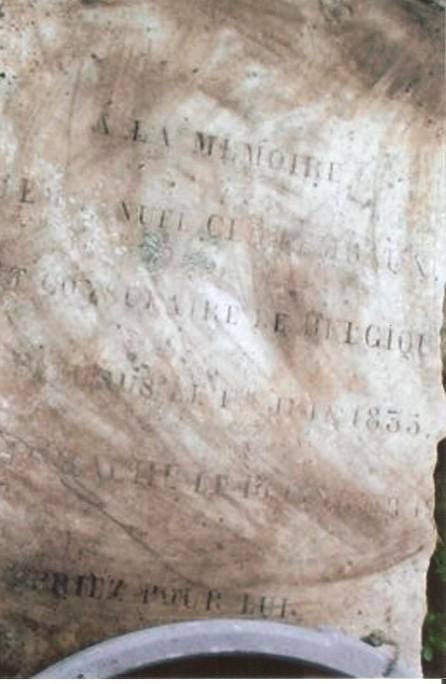 sepultura-de-emmanuel-clarenbaux