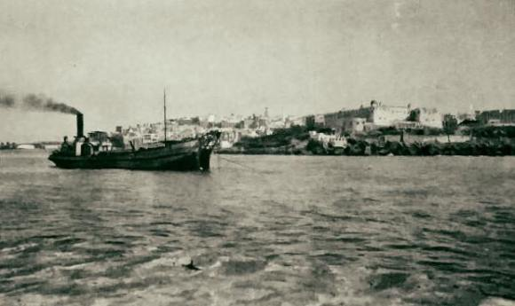 entrada al puerto