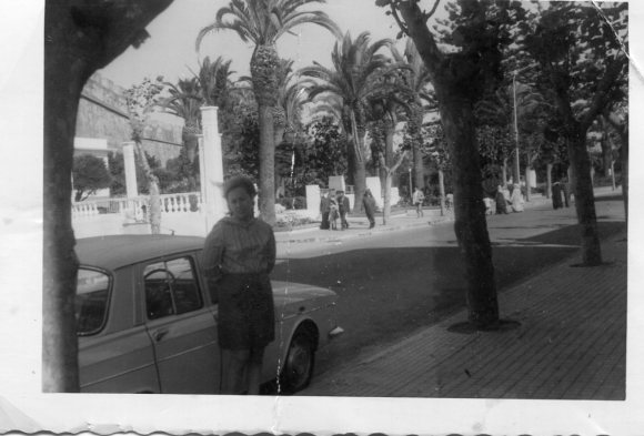 Larache - Maru frente al Jardín de las Hespérides