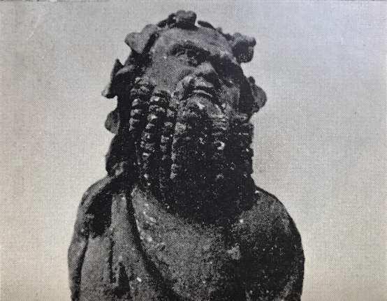Lixus - Cabezas de Sileno que formaban parte de los adornos de bronce del mismo lecho