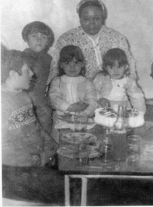 MIGUEL A, SERGIO, MINA Y MARISOL Y MONI